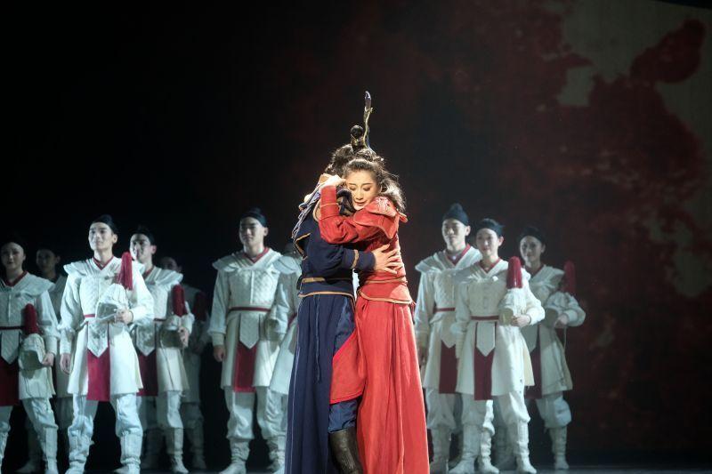 舞剧《花木兰》载誉归来,宁波观众梦圆舞台