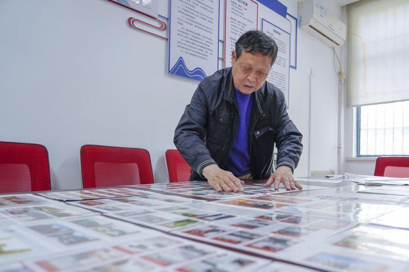 镇海一居民展出3000余枚火花,记录中国共产党百年历程